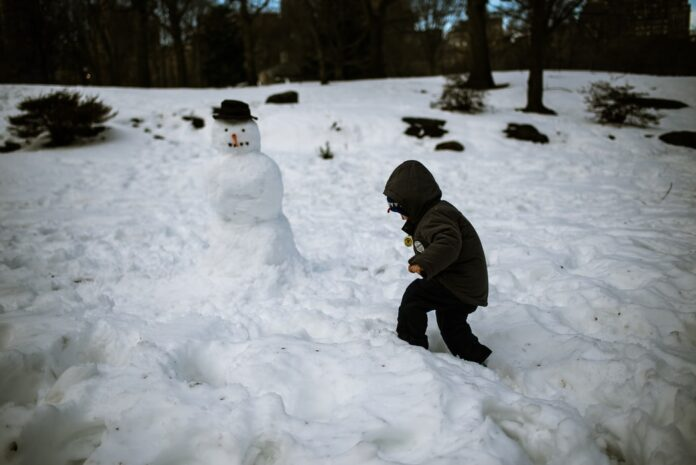 Descoperă 3 metode dovedite de consolidare a imunității copilului în sezonul rece