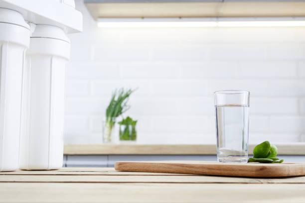 Stații și filtre osmoză inversă casnice și industriale