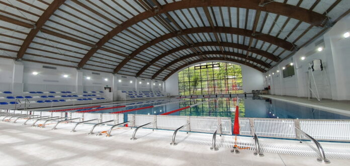Cursuri de înot în bazine moderne din București